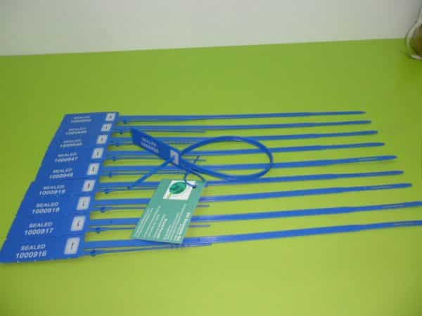 Strip Pull Tight Plastic Seal Cuspide Min