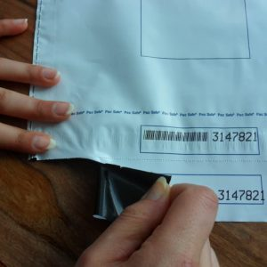 Remove Receipt From Security Envelope Min