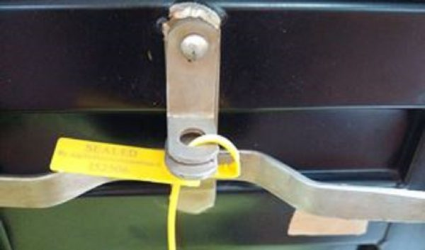 Application Pull Tight Mercurius40 On Handle